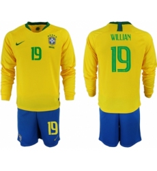 2018-19 Brazil 19 WILLIAN Home Long Sleeve Soccer Jersey